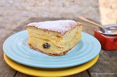 Placinta cu iaurt reteta simpla si rapida   Savori Urbane Romanian Desserts, Romanian Food, Cookie Recipes, Dessert Recipes, No Cook Desserts, Healthy Life, French Toast, Cheesecake, Yogurt