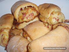Recept je kombinacija kupus kifli i zorkine pite.    Sastojci  FIL 2  20 dkg šunke 20 dkg sira  FIL 1  3 žumanca 2 ožice brašna 1 ki