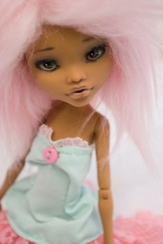 Miriana    Monster High Doll model Clawdeen Wolf, repaint, removed hair, wig doll hair mohair synthetic (removable) color pink.    The makeup