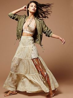 Free People L Fp One Esmerelda Maxi Cream Skirt Size 12 (L, off retail Bohemian Style, Boho Chic, Bohemian Decor, Cream Skirt, Drape Gowns, Printed Maxi Skirts, Free People Skirt, Boho Outfits, Beautiful Outfits