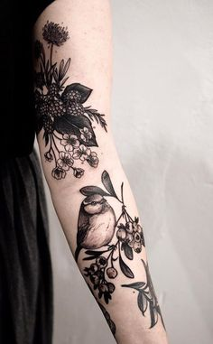 Sophia Baughan bird tattoo