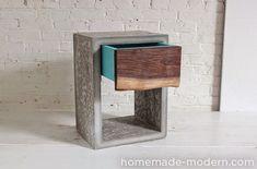 A faire soi-même : Une table de chevet en béton !  J'adore cette table de chevet design. Elle a un très beau look. Par contre, quelle pa...