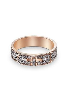 33 Quirky Engagement Rings For Alt Brides #refinery29  http://www.refinery29.com/61572#slide-11  ...