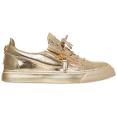 Giuseppe Zanotti Design Women 20mm Metallic Leather Sneakers ($695) ❤ liked on Polyvore featuring shoes, sneakers, gold, leather sneakers, leather trainers, leather footwear, metallic shoes and giuseppe zanotti