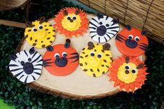 Jungle Themed Dessert Table Sugar Cookies Smart Cookie or easy to reproduce on paper for decorations