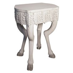 LOVE WANT LOVE Pegas Side Table White Weathered
