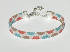 Bead loom bracelet with Miyuki Delica beads - SWAPE