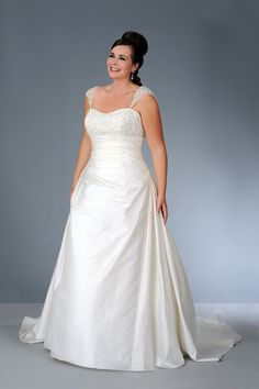 Elegant Plus Size Wedding Gown with Shoulder Straps   #plus #plussizebride #weddings #bride #weddinggown   -----We can create any type of plus size bridal gown for you in any size and with ANY changes   Replicas are also available.   www.dariuscordell.com/product-category/wedding-dresses/plus-size-bridal/