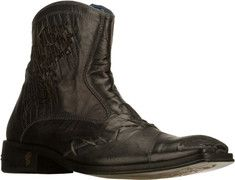 I have a pair of these Mark Nasons. They are nice under good jeans.