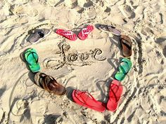 FLip FLop Love.....would be cute for a family beach pic
