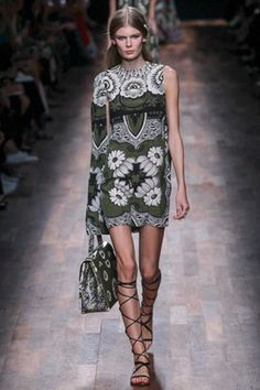Valentino Spring/Summer 2015 #PFW| Sup3rb