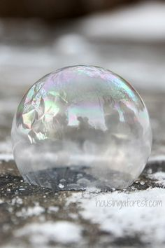 How to Make a Frozen Bubble by housingaforest #Kids #Activities #Science #Frozen_Bubble