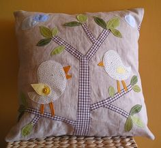Yes, Mom! birdie pillow. by krakracraft