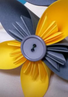 Handmade paper flowers for a first wedding anniversary present - www.handmadeflowers.co.uk © Lisa Benjamin