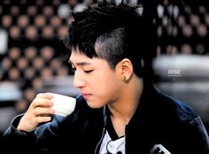 Baro look so handsome with his hair style.