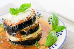 Berenjenas a la Parmesana Te enseñamos a cocinar recetas fáciles cómo la receta de Berenjenas a la Parmesana y muchas otras recetas de cocina.