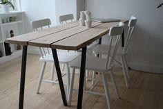 træbord af gulvplanker