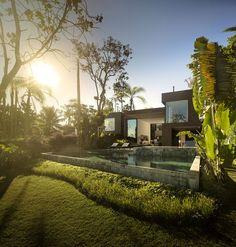 Four Houses in Baleia by Studio Arthur Casas (5)