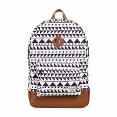 Herschel backpacks are the cutest Chevron Backpacks, Cute Backpacks, School Backpacks, Herschel Backpack, Backpack Purse, Herschel Heritage Backpack, Rucksack Bag, Puppy Backpack, White Backpack