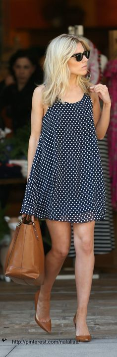 Black and white sweater dress, bag and shoes chocolate and black glasses street style