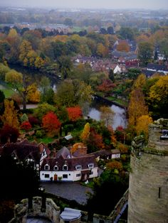 Autumn at Warwick Castle Places To Travel, Places To See, Places Ive Been, Days Out With Kids, History Articles, Warwick Castle, English Castles, City Background, British Invasion