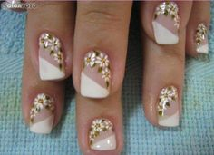 micropintura unhas - Pesquisa Google Creative Nail Designs, Toe Nail Designs, Nail Polish Designs, Beautiful Nail Designs, Creative Nails, Perfect Nails, Gorgeous Nails, Pretty Nails, Sunflower Nail Art