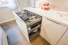 #kitchendrawers #kitchenstorage #kitchenorganization #modernkitchen #kitchendesign #kitchenfurniture #whitekitchen # #kitchenideas #KUXAstudio #KUXA #KUXAkitchen #bucatariemoderna #bucatarie Kitchen Drawer Organization, Kitchen Drawers, Modern, Gifs, Furniture, Design, Inspiration, Home Decor, Homemade Home Decor