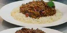 Try this Gordons chilli con carne recipe by Chef Gordon Ramsay. This recipe is from the show The F Word. Mince Recipes, Chilli Recipes, Cooking Recipes, Healthy Recipes, Savoury Recipes, Delicious Recipes, Chilli Con Carne Recipe, Chef Gordon Ramsay, Chili Cook Off