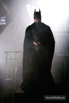 Batman Begins - Publicity still of Christian Bale Real Batman, Batman Dark, Im Batman, Batman The Dark Knight, Batman Wallpaper, Batman Artwork, Batman Christian Bale, Batman Universe, Universe Art