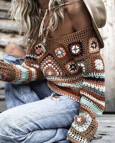Bohemian sweater, hippie style clothing Peacock Crochet, Boho Crochet Patterns, Granny Square Crochet Pattern, Crochet Designs, Moda Crochet, Crochet Wool, Crochet Skirts, Crochet Clothes, Knit Fashion