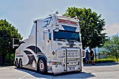 Scania R560 V8 6x4 TOWTRUCK