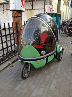 I Think this Egg Shaped Thing is a Motorcycle?  r/motorcycles