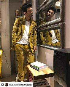 Sushant Singh Rajput In for ! Bollywood Actors, Bollywood Fashion, Hospital Doctor, Rest, Sushant Singh, Cute Actors, Sports Photos, Celebs, Bollywood Stars