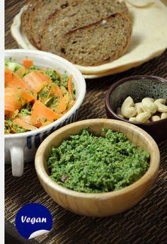 Pesto z mrkvové natě Kitchen Hacks, Guacamole, Pesto, Vegan, Ethnic Recipes, Food, Essen, Meals, Vegans