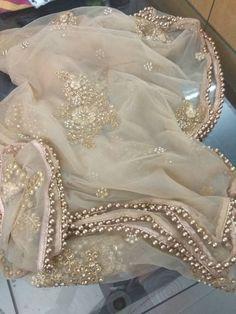 Indian Pakistani Designer Dupatta Chunni Stole Scarves gold embroiderd Net for Lehenga Suit Salwar Kameez for Women and Girls Punjabi Salwar Suits, Pakistani Dresses, Indian Dresses, Salwar Kameez, Indian Outfits, Patiala, Indian Saris, Western Dresses, Golden Dupatta