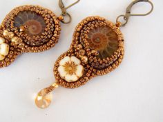 Free Shipping Bead embroidery Earring Seed bead jewelry by Vicus