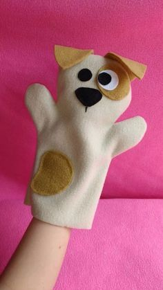 Ideas sewing toys to sell kids Felt Puppets, Puppets For Kids, Felt Finger Puppets, Hand Puppets, Puppet Patterns, Felt Patterns, Diy For Kids, Crafts For Kids, Puppet Making