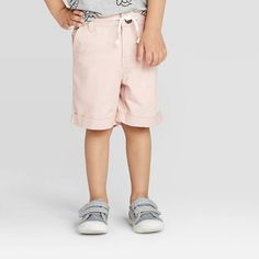 We scoured two of our favorite budget-friendly retailers, Target and Old Navy, to round up the cutest kids and baby fashion picks for spring. Sweater Shop, Shirt Shop, Bow Tie Shirt, Old Navy Jean Jacket, Old Navy Kids, Pull On Jeans, Cute Kids Fashion, Kid Styles, Chino Shorts