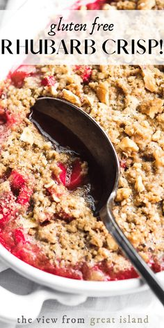 Rhubarb Crisp with Cardamom and Vanilla I hate to sound bossy but you just have to make this gluten free rhubarb crisp at least once this spring it's too good to miss out on. Gluten Free Rhubarb Recipes, Gluten Free Sweets, Gluten Free Baking, Free Recipes, Rhubarb Crunch, Rhubarb Crumble, Rhubarb Desserts, Spring Desserts, Delicious Desserts