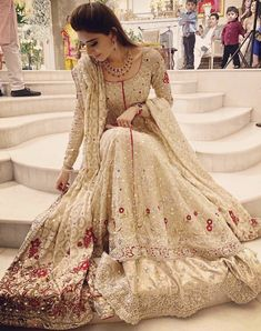What a stunning piece from none other than the great Bunto Kazmi! Asian Wedding Dress Pakistani, Indian Bridal Outfits, Pakistani Couture, Wedding Dresses For Girls, Pakistani Dress Design, Indian Designer Outfits, Pakistani Outfits, Designer Dresses, Wedding Outfits