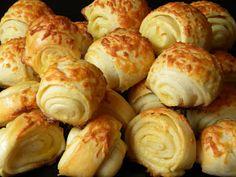 Hungarian Recipes, Swedish Recipes, Cookie Recipes, Dessert Recipes, Eastern European Recipes, Bread Dough Recipe, Good Food, Yummy Food, Veggie Dishes
