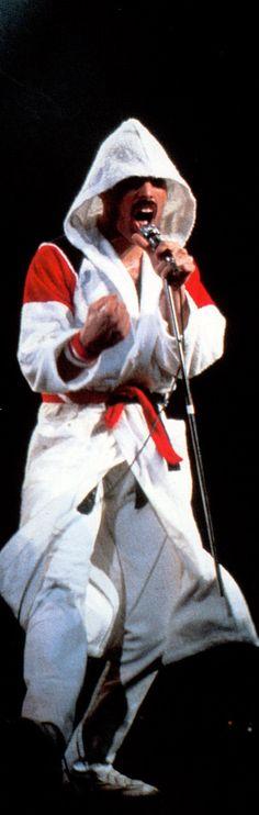 👑 Freddie The King Brian May, John Deacon, Queen Ii, Roger Taylor, We Will Rock You, British Rock, Queen Freddie Mercury, Queen Band, Killer Queen