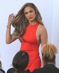 http://www2.pictures.zimbio.com/fp/Jennifer+Lopez+Arriving+Tonights+American+dpNP-BzDJhOl.jpg