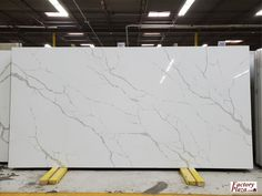 We just received a new shipment of Calacatta Plazo, Quartz 📍 429 S. Quartz Countertops Colors, Countertop Backsplash, Kitchen Cabinets And Countertops, Kitchen Cabinet Inspiration, Kim House, Fireplace Tile Surround, Purple Bedrooms, Kitchen Island With Seating, Luxury Kitchen Design