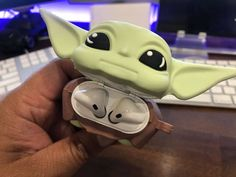 Yoda Images, Kids Toys For Boys, Star Wars Baby, Airpod Case, Cute Wallpapers, Kawaii, Cute Babies, Gadgets, Childhood