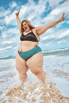 Gillette is the latest company to support the body positive movement by featuring a plus size model in a bikini in a tweet. But, the company and model faced negative backlash. #bodyimage #bodypositivity #gilette #venus #plussize