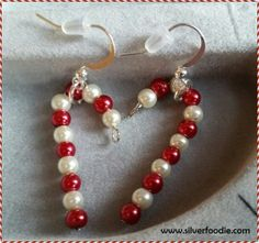 Last Minute Gifts before Christmas. Candy Cane earrings are fairly quick and easy to make. Silver Earrings, Pearl Necklace, Drop Earrings, Beaded Jewelry, Beaded Bracelets, Days Before Christmas, Old Fashioned Recipes, Craft Show Ideas, Candy Making