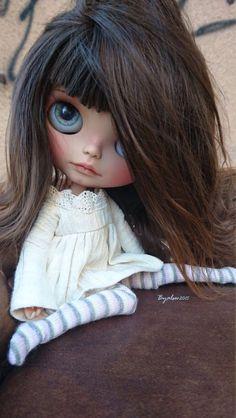 Blythe ✿✿✿                                                                                                                                                      More Pretty Dolls, Beautiful Dolls, Barbie, Paperclay, Little Doll, Custom Dolls, Doll Face, Big Eyes, Blythe Dolls