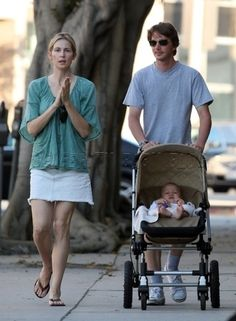 celebrities bugaboo strollers - Google Search Kelly Rutherford Has a Bugaboo Frog Stroller