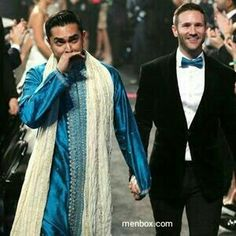 """LOS ANGELES -- Couples exchanged rings in the aisle at the Grammy Awards on Sunday night as Macklemore & Ryan Lewis performed their gay rights anthem """"Same Love. Lgbt Love, Big Fat Indian Wedding, Indian Weddings, Same Love, Lesbian Wedding, Lesbian Couples, Interracial Love, Cool Street Fashion, Street Style"""